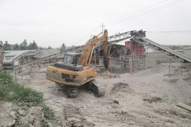 凤县施工造成河水浑浊 石料加工厂被责令停工