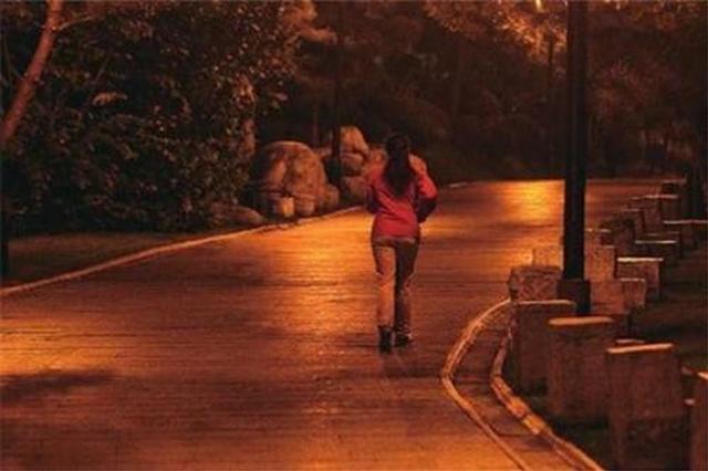 兴平26岁小老板夜跑遭不测 警方重金寻找嫌疑人