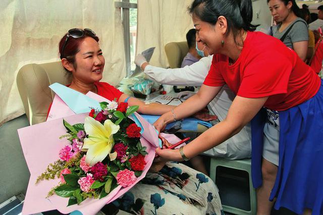 西安71097人次今年献血25吨 超过全国平均水平