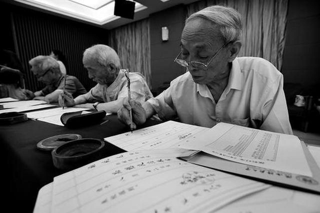 陕师大4500名新生将收到老教授毛笔书写的录取通知书