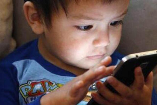 家長未設手機密碼 孩子玩游戲致停機