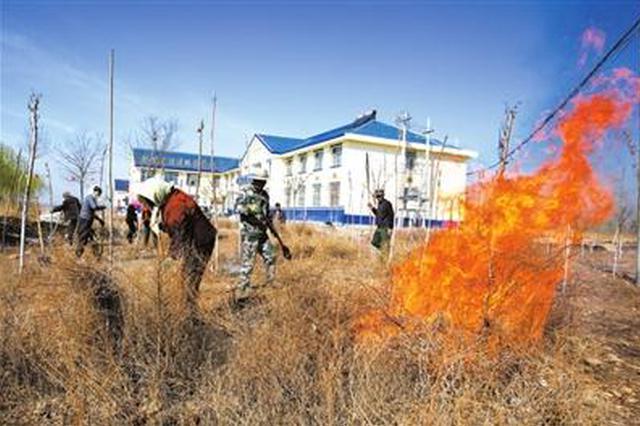 铜川一村民放火烧荒引发火灾 起火面积达500平方米