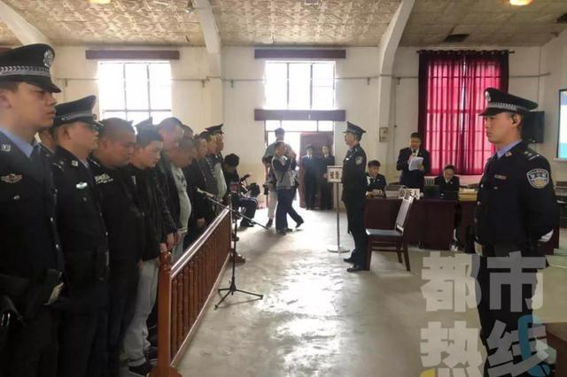 8名恶势力犯罪团伙成员获刑 两个月牟利超百万元