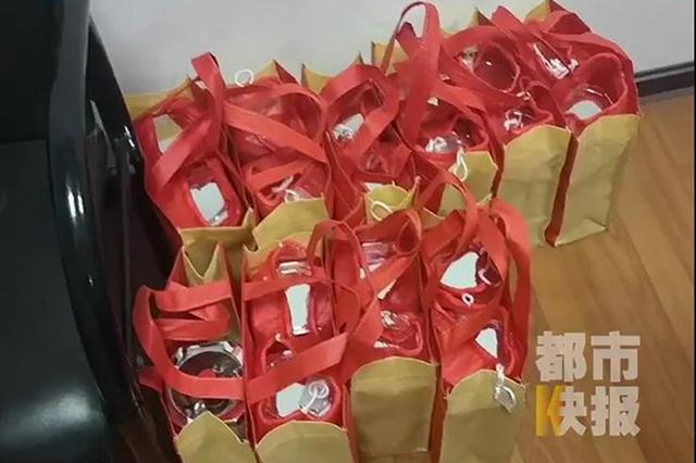 男子花2万元买到22瓶假五粮液 店老板跑了维权难