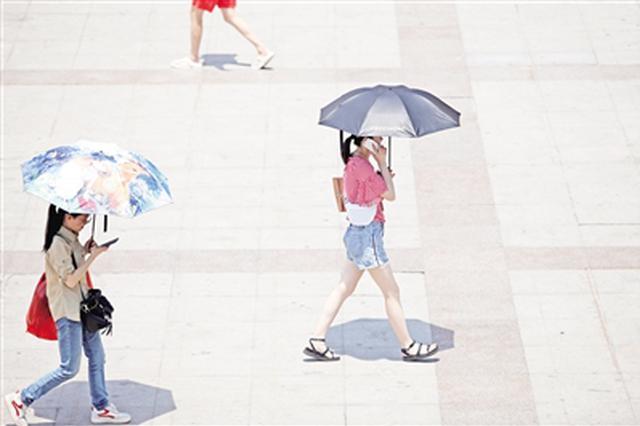 陕西今明大风降雨降温 市民感叹天气就像坐过山车