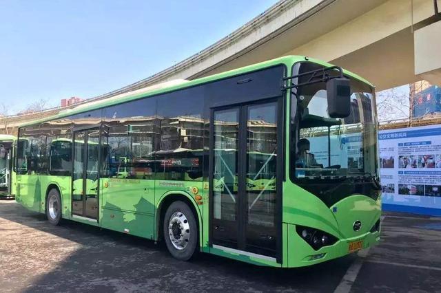 五一假期期间 西安市6500辆公交车保障市民出行