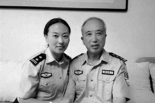 陕西两女民警踏寻父辈足迹续写警察故事