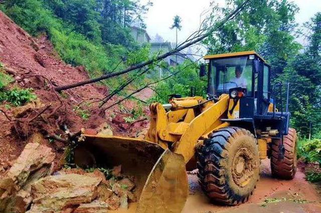 镇巴强降雨致5292人受灾 已造成直接经济损失2666.6万