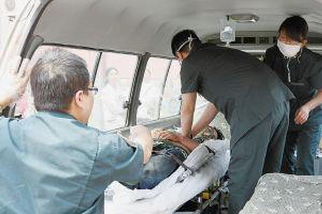 旅客胸闷气短 怀孕36周的西安助产士列车上抢救病人