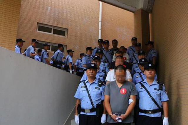 暴力讨债、敲诈勒索 陇县23人涉黑案件开庭审理