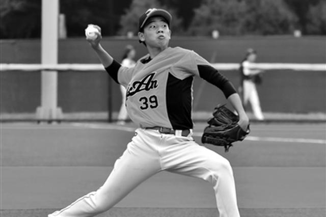 陕西省首次举办棒垒球锦标赛  共350余名运动员参赛