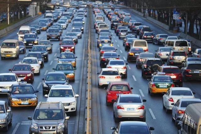 国庆假期将有1345万辆车涌上陕西高速,你准备好了吗?