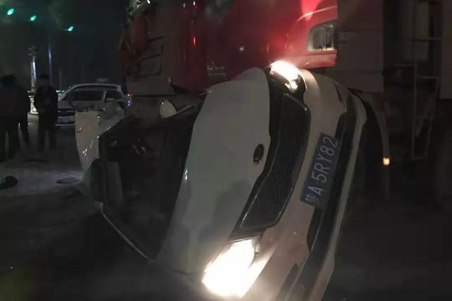 临潼4死车祸事故路段调查:渣土车超速、闯红灯是寻常