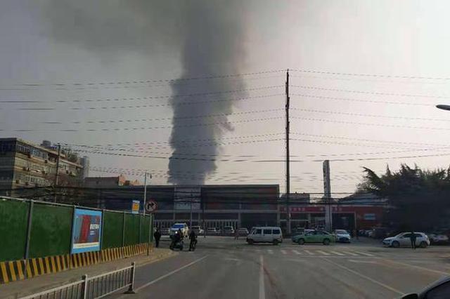 西安昨日发生两起火灾 敲响冬季防火安全警钟