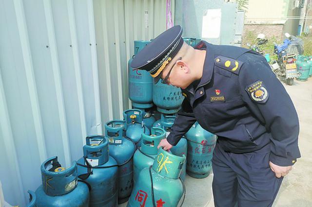 西安全力确保春节期间用气安全 将对三年未安检用户上门检查