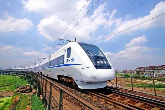 陕西铁路今日加开列车34列 应对节前客流高峰