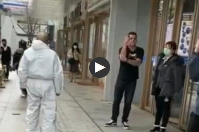 外籍男拒戴口罩攻击防疫人员 警方:已处罚、限期出境
