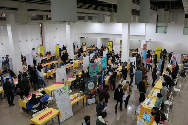 陕西恢复现场招聘会 15家企业提供180多个岗位