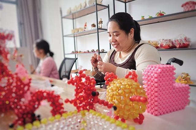 """韩城为残疾人筑起就业脱贫之""""巢"""" 助力残疾人增收"""