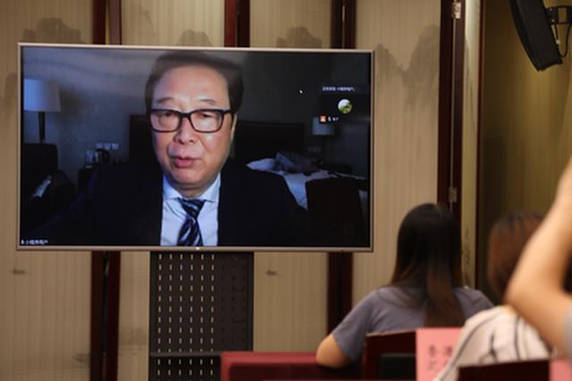 """首次!记者相隔千里""""云采访""""住陕全国政协委员"""