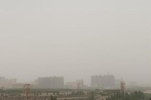 """八级阵风伴随沙尘 榆林城区空气质量""""污染爆表"""""""