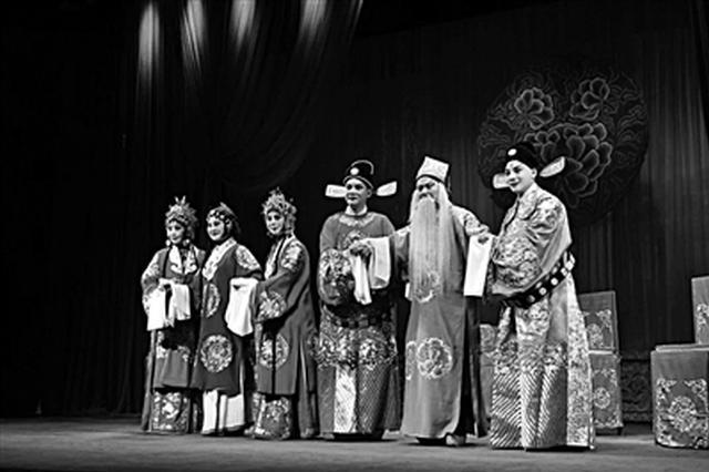 秦腔云剧场重磅回归 百年经典《三滴血》今晚上演
