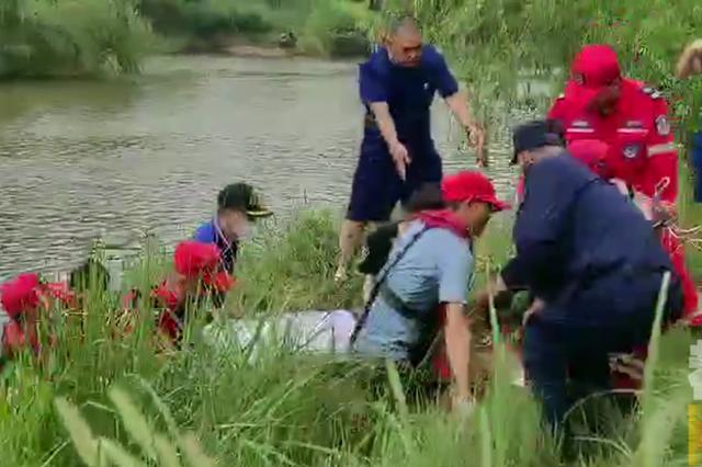 16岁男孩灞河溺亡 5支救援队搜救一整晚