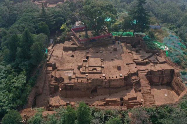 华清宫骊山朝元阁遗址显露 是盛唐皇家建筑设计最高水平代表