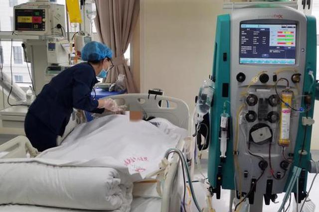 陕西90后孕妇多器官衰竭诞下二胎 四次血浆置换获重生