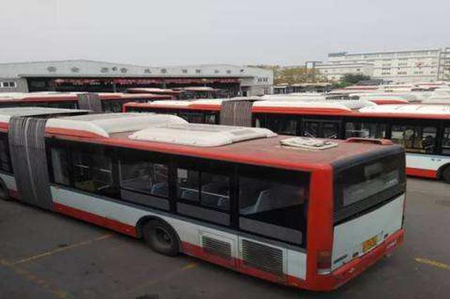 西安公交保修人员全天待命 保障公交车正常运行