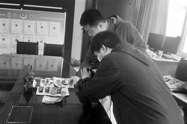 祖传140枚银圆不翼而飞 警方抓获两名犯罪嫌疑人