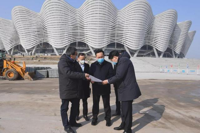 王浩督导检查奥体中心片区重点项目建设工作
