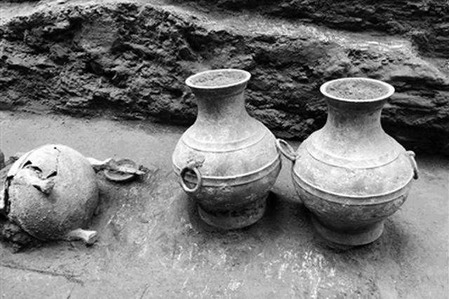 泾阳大堡子墓地发现一座完整西汉墓 已出土近百件珍贵文物