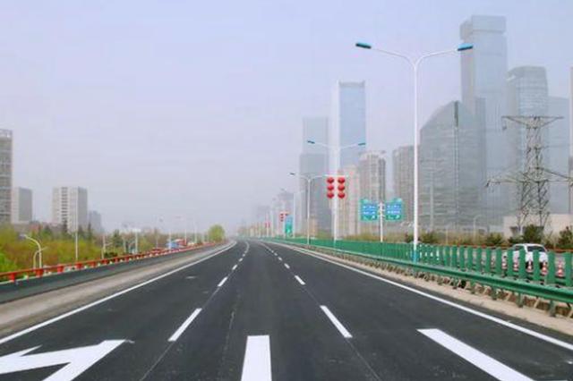 """西安绕城高速:连线成""""网""""助力西安发展"""