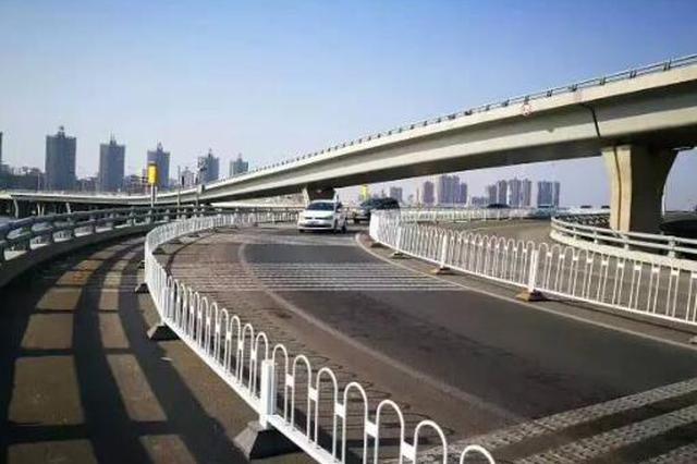西安新兴南路快速路项目幸福立交四条匝道通车