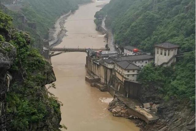 强降雨导致汉中5县区3.5万人受灾 房屋受损171户385间