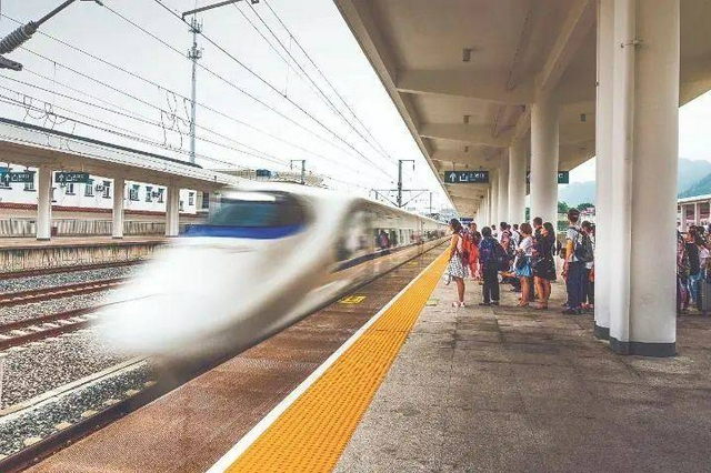最新发布!陕西铁路这些列车增开、停运