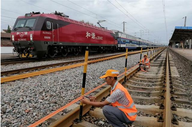 宝鸡蔡家坡火车站提升改造开启 站台站房改造预计8月底结束