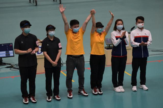 张梦雪/张博文获10米气手枪混合团体金牌