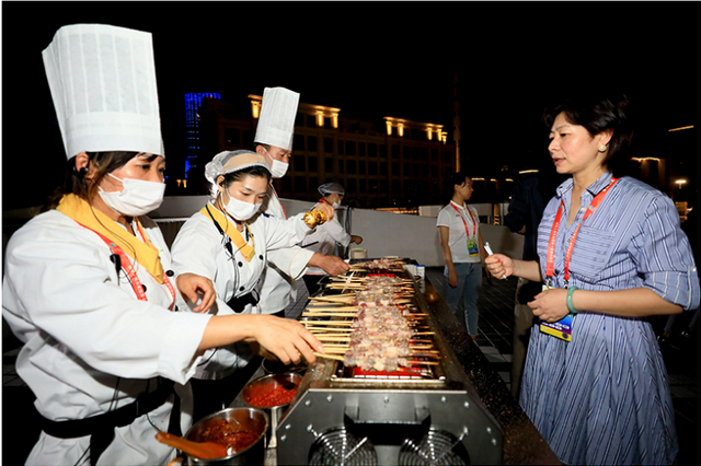 驻村日记丨感受全运村里的中秋节