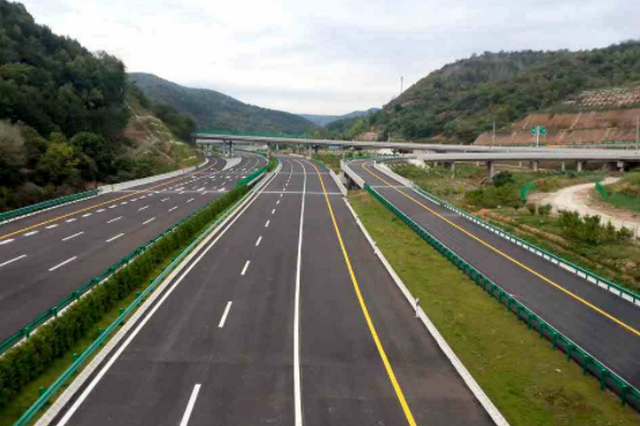 马家堡至泾阳高速年内开工 西安至永寿、兴平高速明年改扩建