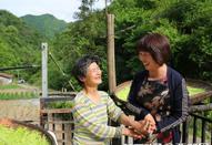 岚皋姑娘志愿服务村民10年