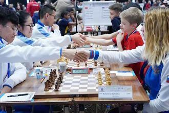 2018世界少年奥赛开赛 中国首战打平俄罗斯