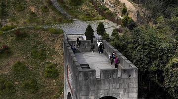 陕西平利古长城 距今已2500多年