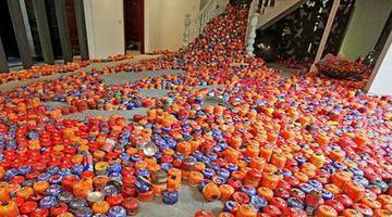 西安两万余废气罐成艺术品