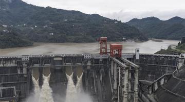 安康水电厂平稳度过入汛以来最大洪水