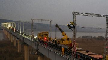 黄河风陵渡铁路桥换新颜