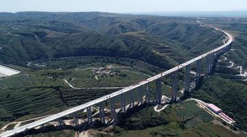 陕西黄蒲高速建设稳步推进