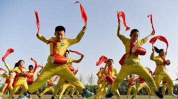 陕西延安:多彩社团打造魅力校园