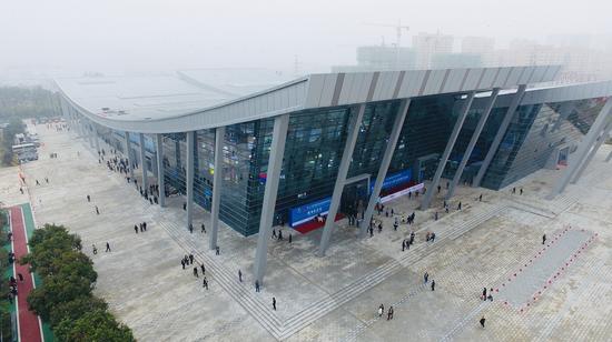 第26届杨凌农高会今天开幕 新建的明星展馆D馆火了